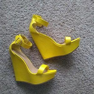 Brekelles wedges sandals